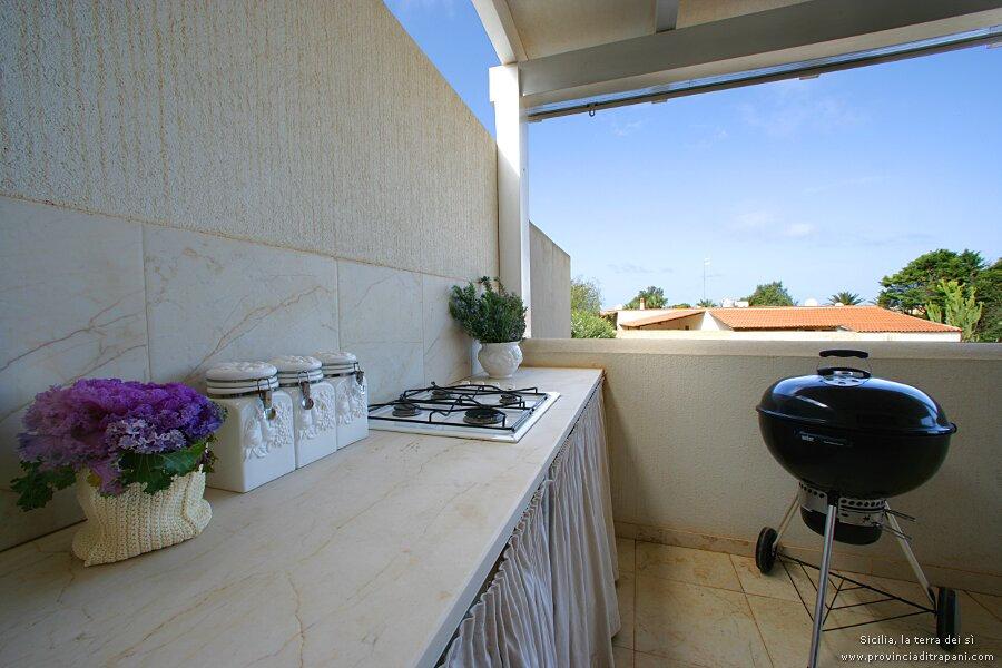 Barbecue e piano cottura esterno